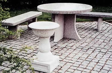 garden_table_bench